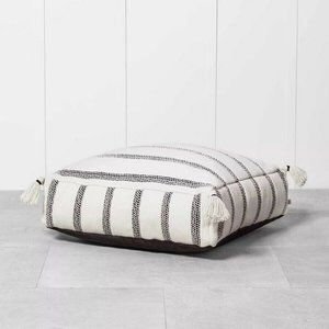 Indoor/Outdoor Floor Cushion Black/White Tassels